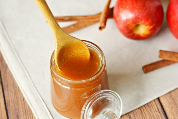Cream Honey with Apple & Cinnamon