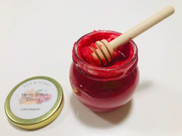 Cream Honey with Cherries