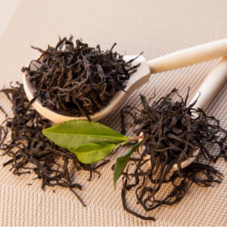 Elite Black long leaf  Tea South Pearl - Hand Picked Tea